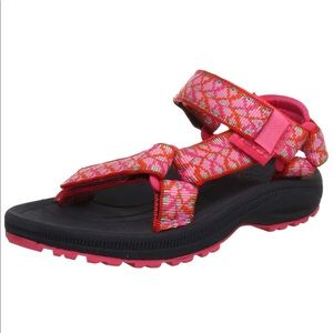 Teva   Hurricane 2 Girls Tie Pink Sandals